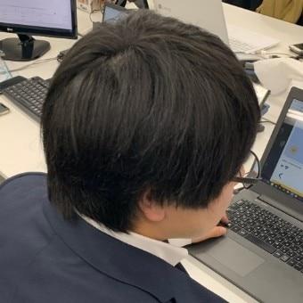 編集部武井