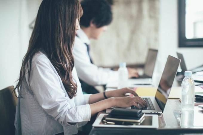 失恋して仕事に手がつかない時の対処法5選!辛いときは休むことも大事